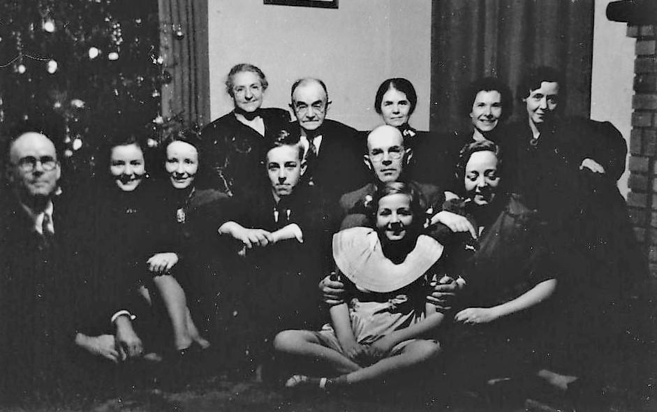 group.3.jpg