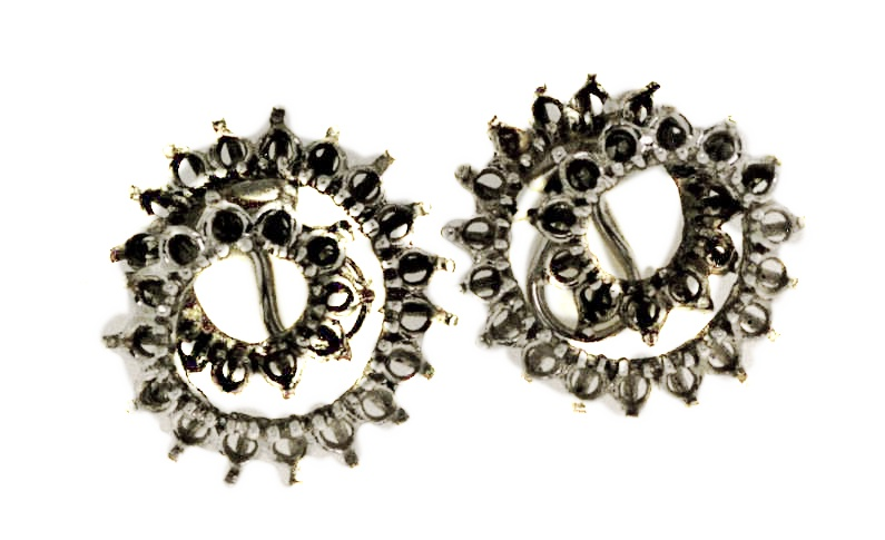 anne's diamond earrings before115.jpg