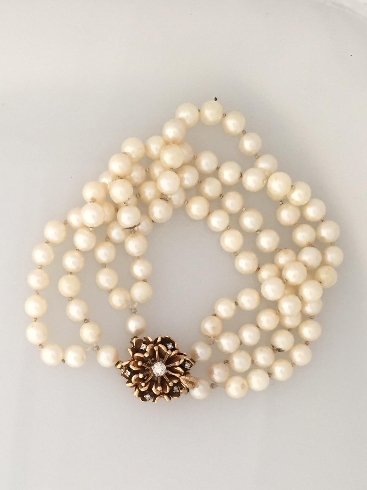 natalie pearls before.JPG