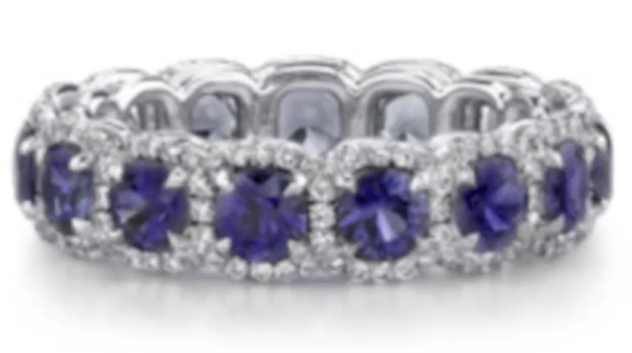sapphire and diamond band makes big statement.