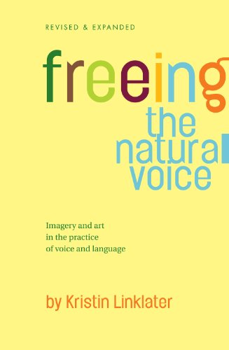 Freeing the Natural Voice: Imagery and Art in the Practice of Voice and Language - Knowing how to connect language with breath and voice is a golden key to hang on the chain of the actor's craft!Linklater's groundbreaking original Freeing the Natural Voice sold more than 100,000 copies. Now, revised and greatly expanded this edition has been eagerly adopted by Linklater students, selling 30,000 copies to date. Emphasizing the use of imagery and imagination in developing the art of the voice, this book incorporates exercises developed over the past three decades that have stood the test of repetition, reliably producing results when practiced conscientiously and with understanding.The logical progression of exercises is designed for professional actors, student actors, teachers of acting, teachers of voice and speech and anyone interested in vocal expression.The emphasis of the work is on the removal of the physical and psychological blocks that inhibit the human vocal instrument and its objective is a voice in direct contact with emotional impulse, shaped by the intellect but not restricted by it.This book presents a lucid and multi-leveled account of the human voice in the context of performance - expressive theatrical performance and the performance of everyday communication.