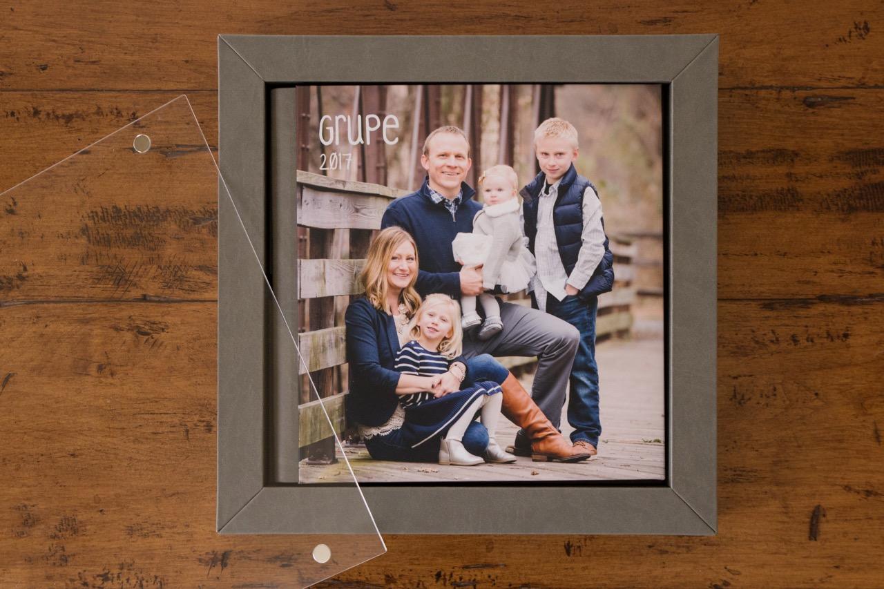 family-portrait-ideas-emily-brunner-photography.jpg
