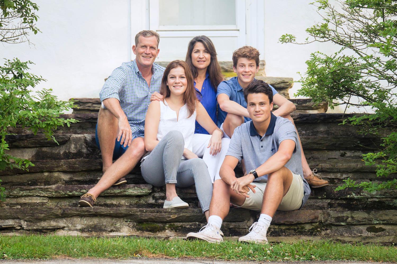 family-photo-session-valey-forge-emily-brunner-photography-1.jpg