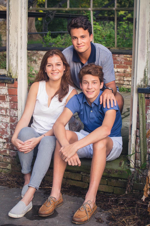 family-photo-session-valey-forge-emily-brunner-photography-2.jpg