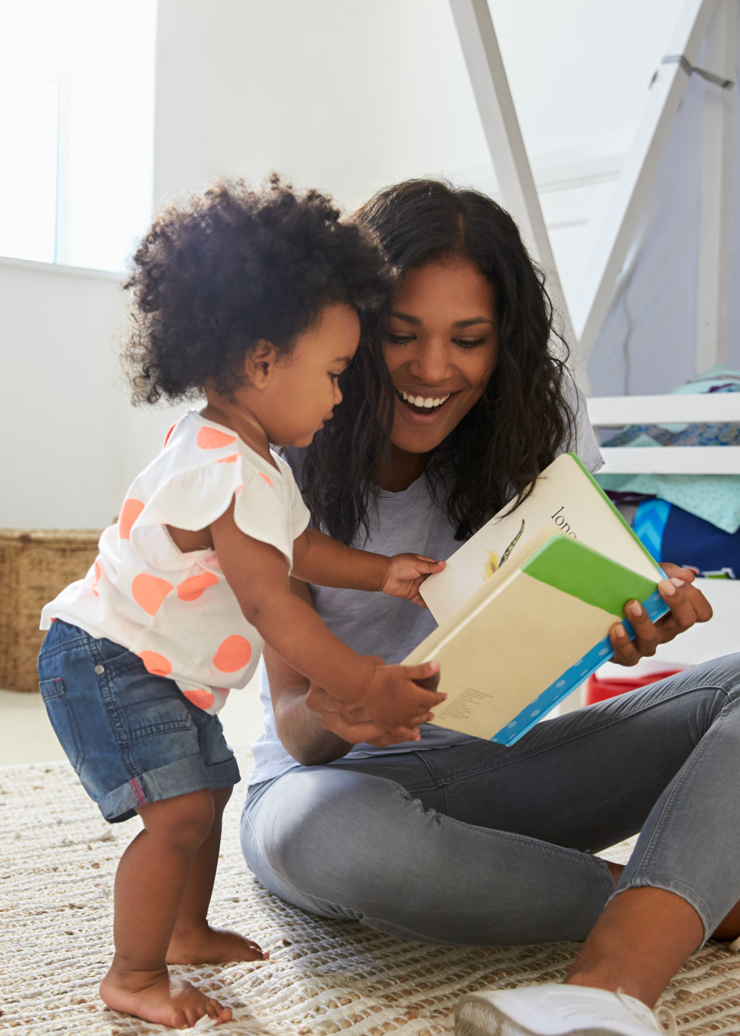 mom and daughter reading_5x7.png