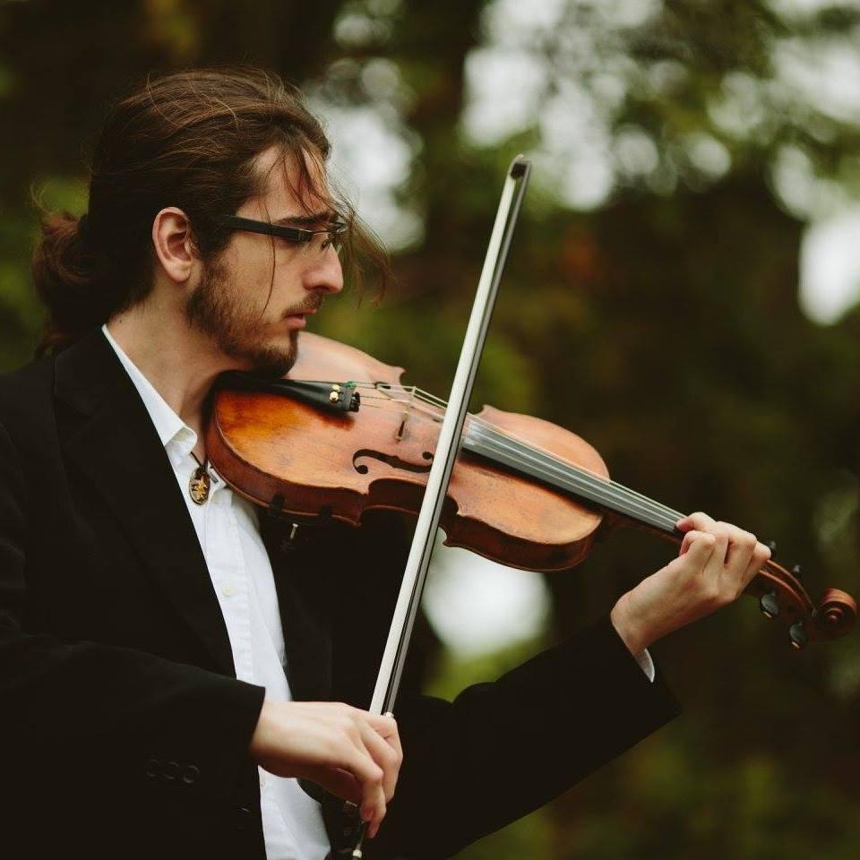 Daniel Faris - Violin