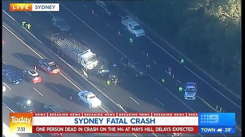 Image taken from the Nine News helicopter of the fatal M4 accident.