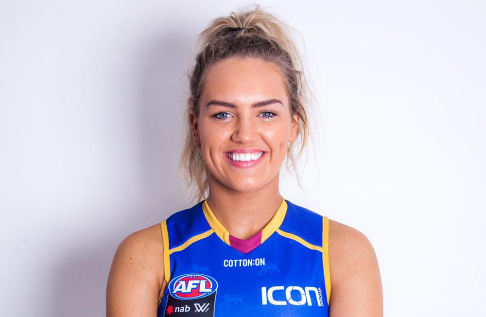 Australia-born Tipperary GAA star Orla O'Dwyer has signed for the Brisbane Lions in AFLW.