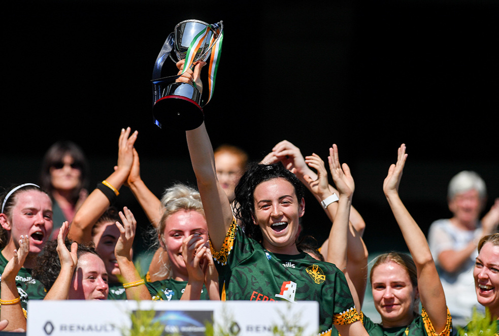 Sam McKillen lifts the trophy after leading the Australasian Irish-born women to victory at the GAA's World Games competition at Croke Park. Picture: Piaras Ó Mídheach/Sportsfile