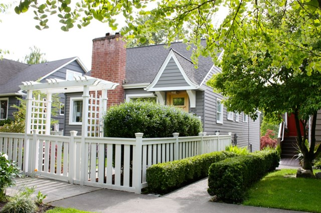 4139 42nd Ave NE Seattle | $815,000