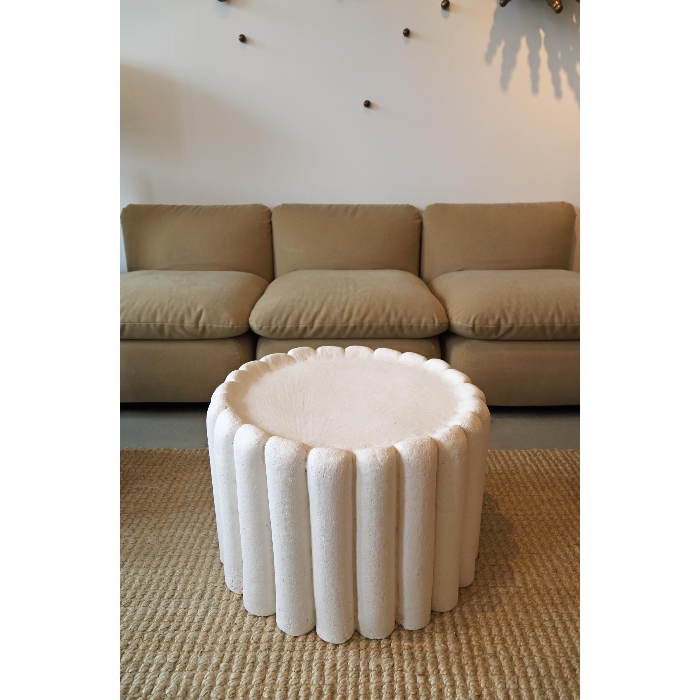 Erato Table