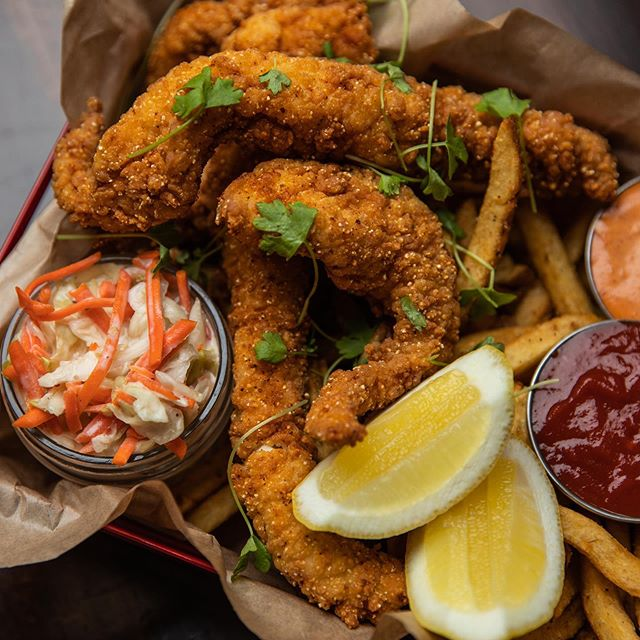 Happy National Seafood Month! Did you know that we have a entire section on our menu dedicated to sustainable seafood? Like this Fried Mississippi Catfish basket, served w/ Cookout Slaw, Red Remoulade and Hand Cut Kennebec Fries. Farm raised US Catfish is a @seafoodwatch Best Choice 💚👌🏼🌎 • 📸 by @iamzivsade • • • #seriouseats #forkyeah #whatsfordinner #dinela #beautifulcuisines #infatuationla #buzzfeedtasty #eaterla #droolclub #foodography #buzzfeast #igfood #food52 #foodvsco #foodintheair #buzzfeedfood #losangeles #eeeeeats #instayum #foodgasm #infatuationla #eaterla #feastagram #forkfeed #nationalseafoodmonth #seafoodmonthchallenge