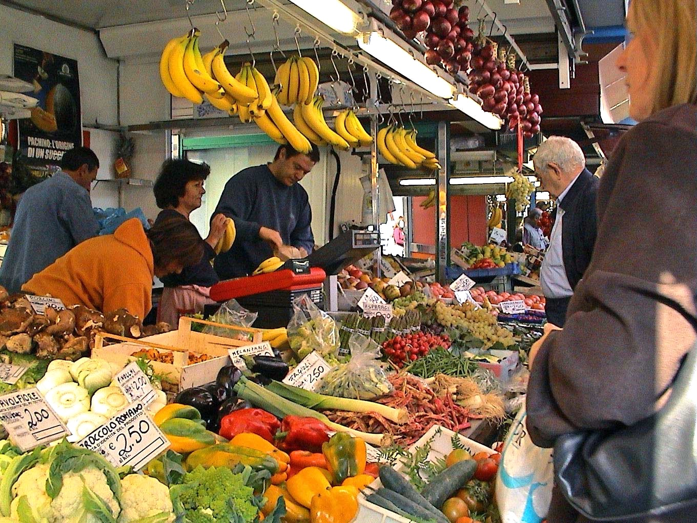 Market day in Acquapendente