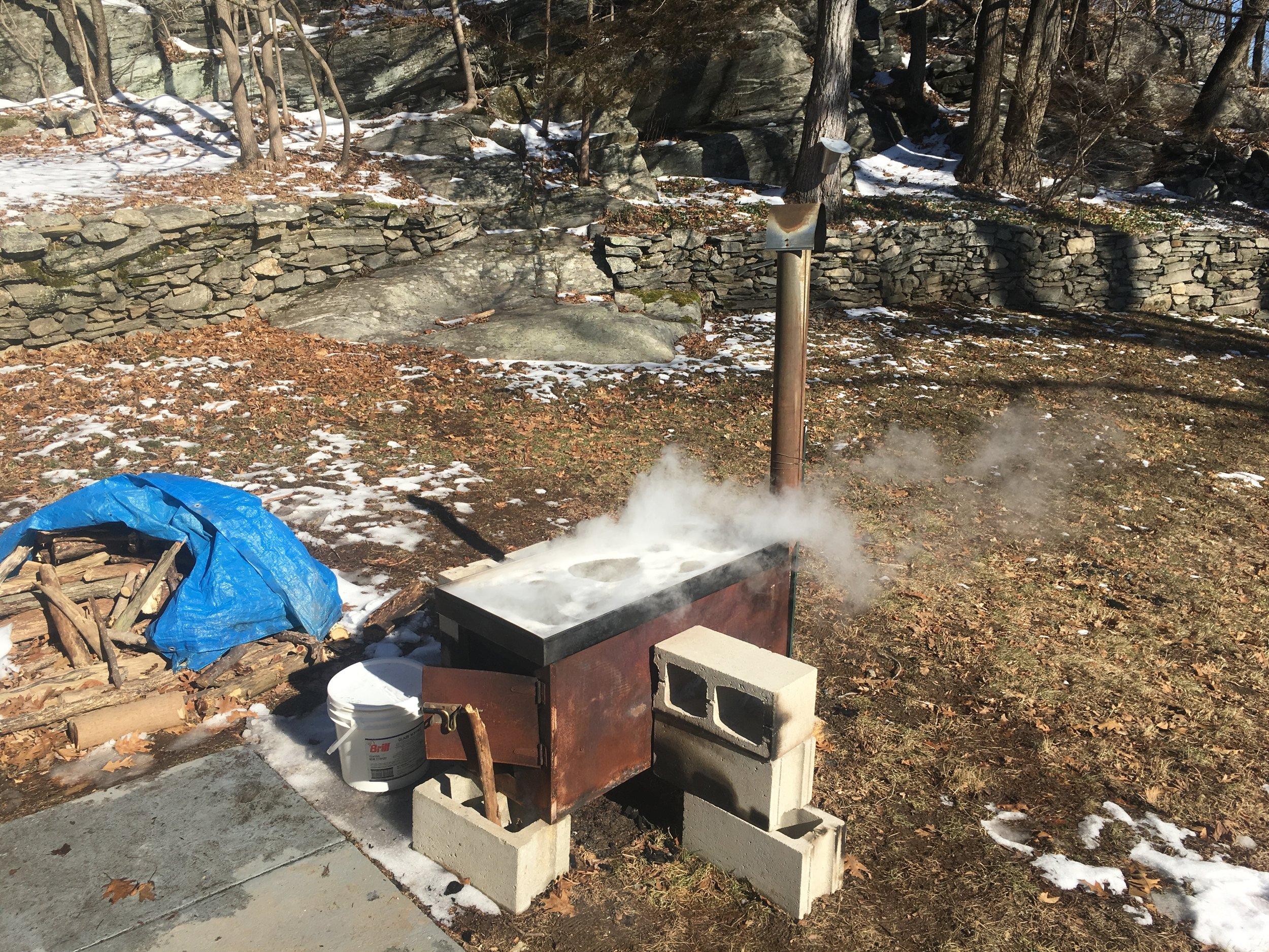 The homemade syrup evaporator