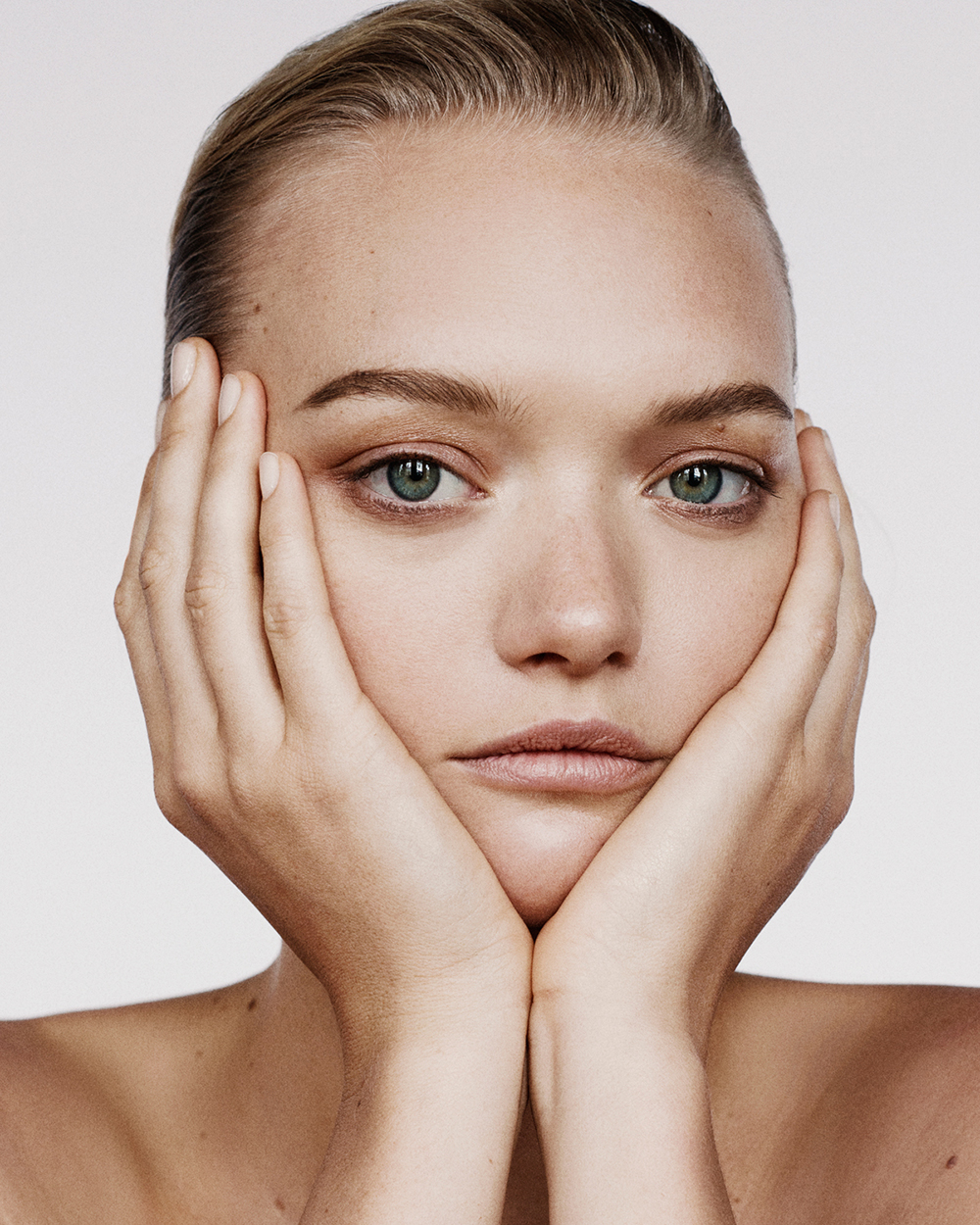 What outcome should you expect? - Because hair grows in cycles and not all of body hair is in the same stages at a time, it takes a few treatments for a significant reduction. The outcome also depends on hair quality, number of hair follicles, different metabolism and hormonal level of each individual, but it usually takes only four to six treatments to remove the majority of hair.