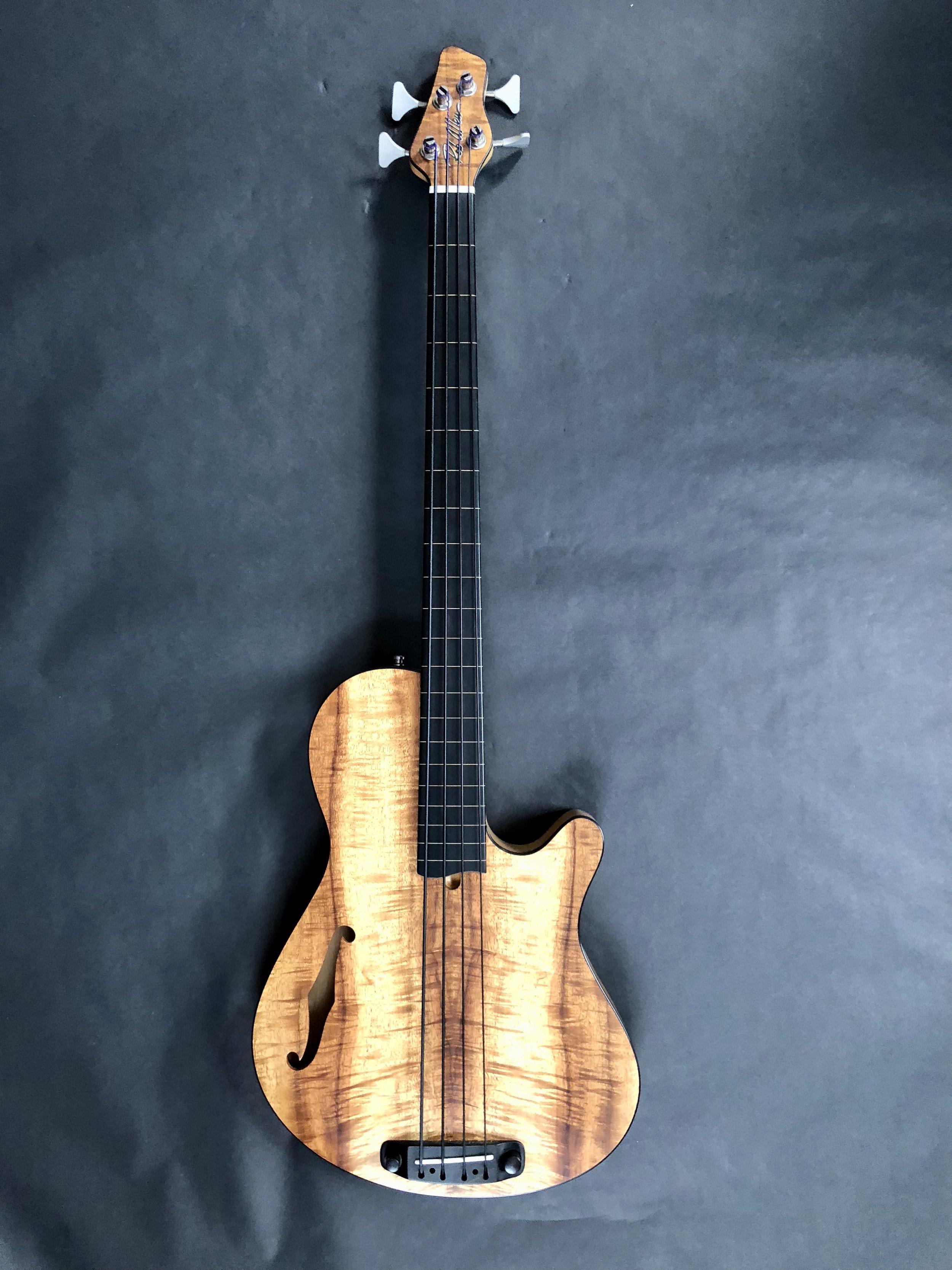 Rob Allen Custom Koa Fretless Lined Deep 4 Bass