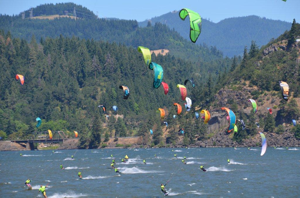 kiteboarders-afloat.jpg
