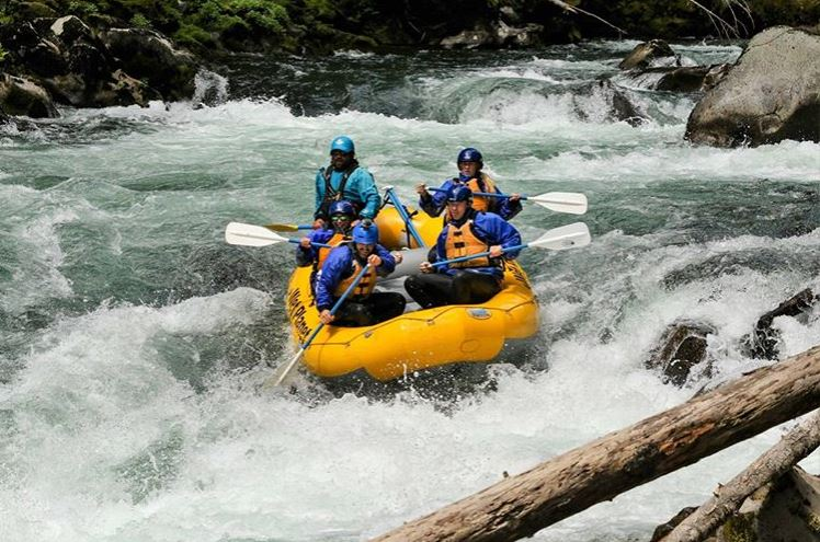Looking for an adrenaline rush? Experience class III & IV rapids w/ expert guides.    Wet Planet Whitewater    offers whitewater rafting & kayaking trips in Oregon & Washington. ****Stay with us and get a discount *****