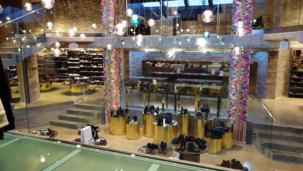 Shoe Store.jpeg