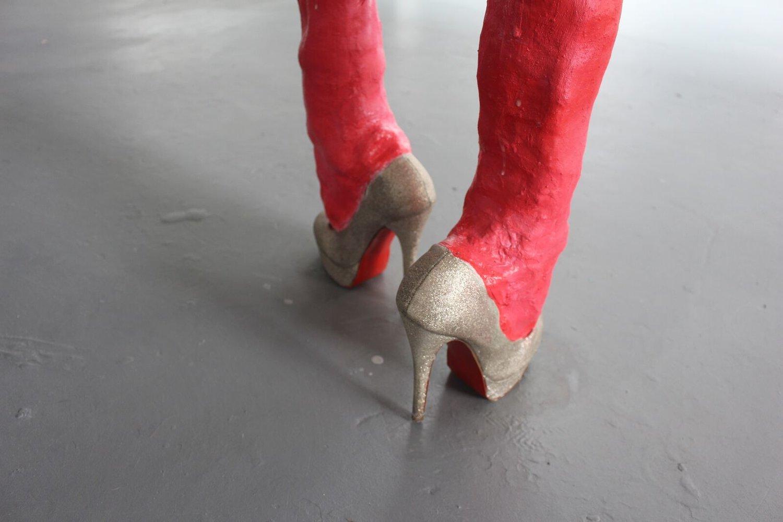 sean-heather-artist-studio-sculpture-artwork-shoes-highheels-gender-pink-artshow-seanheatherart.jpg