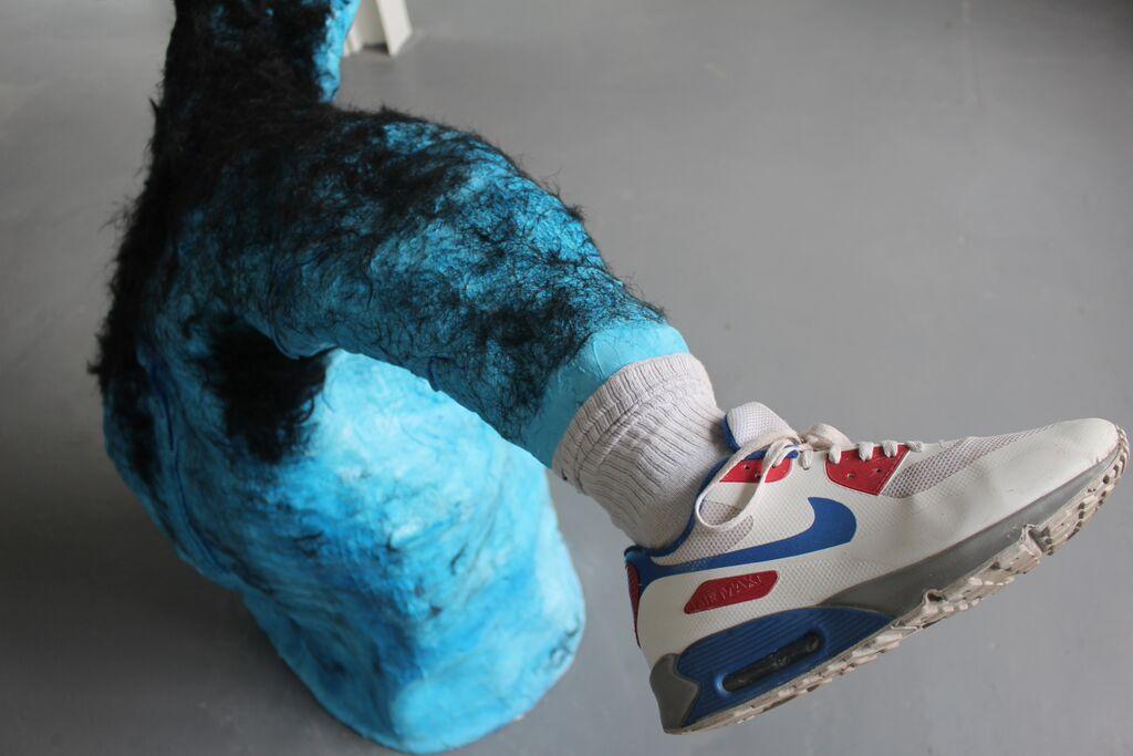 sean-heather-artist-studio-sculpture-colour-blue-nike-trainer-shoe-artwork-seanheathersculptures-seanheatherartist-art.jpg