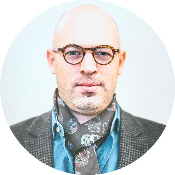 Simon - Sales Director