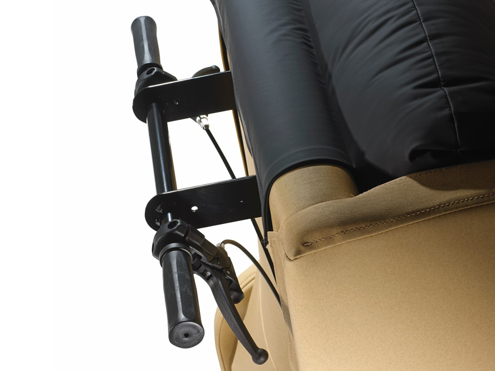 OSKA® Pressure Care Seating_OSKA Vertex Pressure Care Seating_Manually Recline