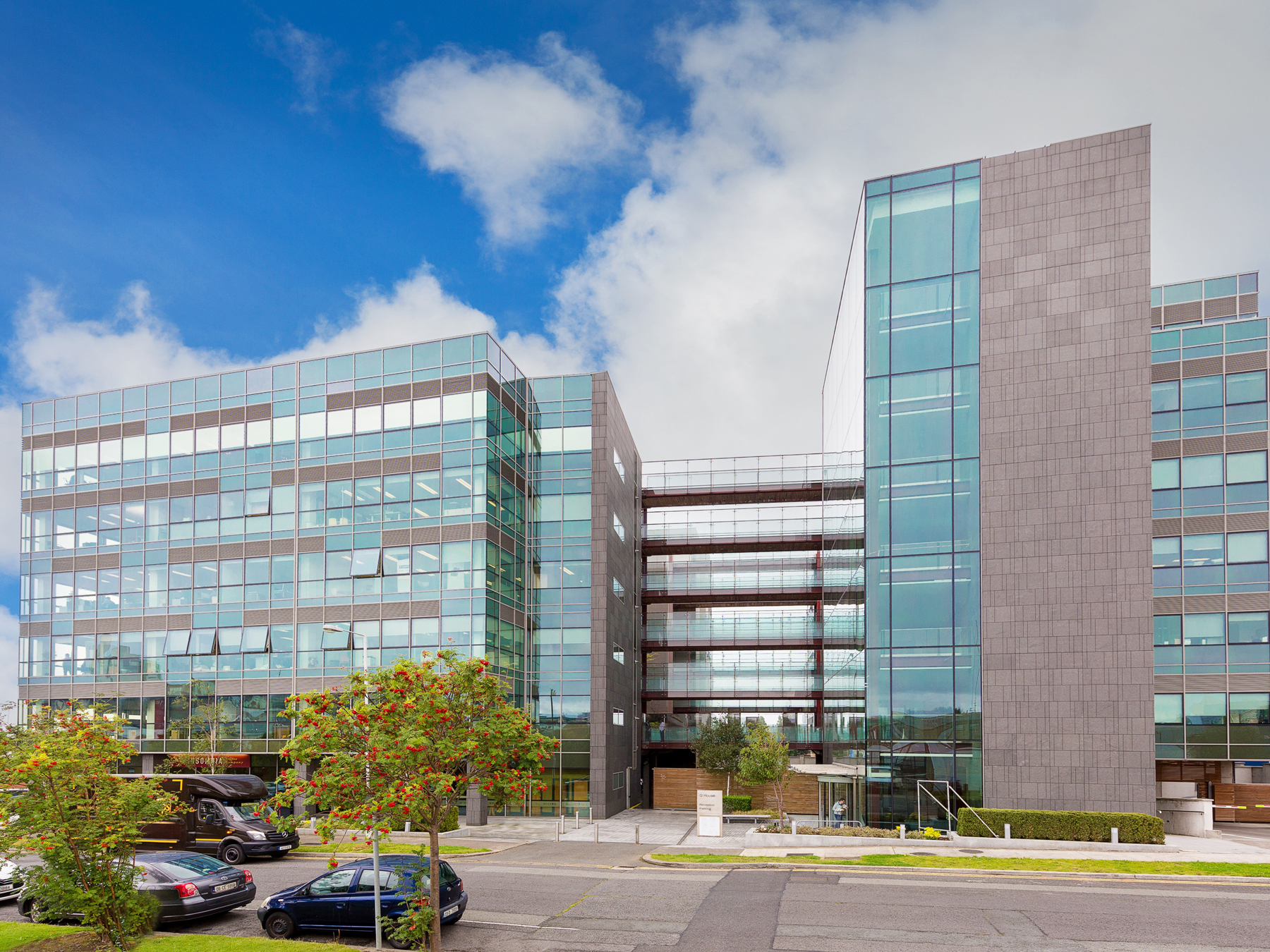 Q House, Sandyford, Dublin - 2005 to 2008With an award winning landscaped courtyard at its centre,Q House has 62 own door offices over 7 floors.