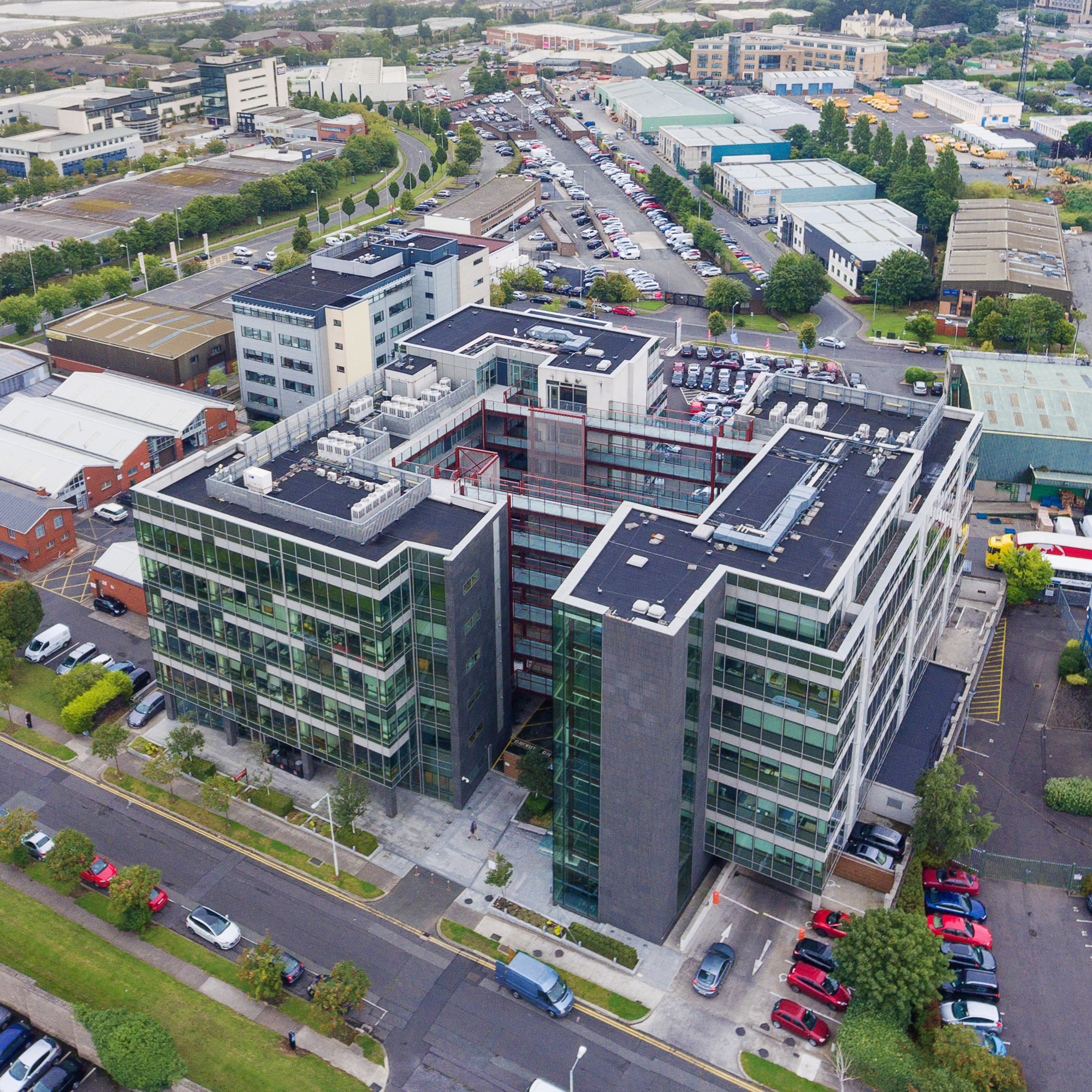 - We work with investment partners in London and Dublin. We bring knowledge and expertise with our development opportunities across commercial, retail and residential sectors delivering value for individual investors, owner-occupiers and build to rent investors.We work with leading international brands and recognised tenants to provide long term income streams through our commercial and retail investment opportunities.