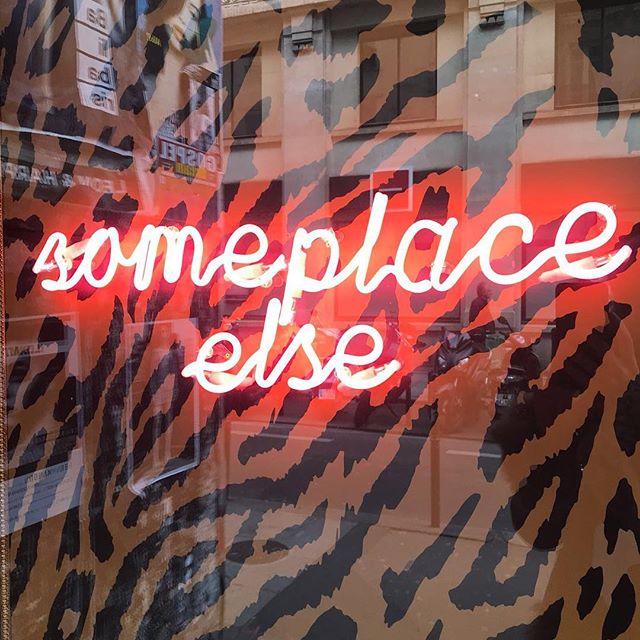 Someplace else #paris #🖤#