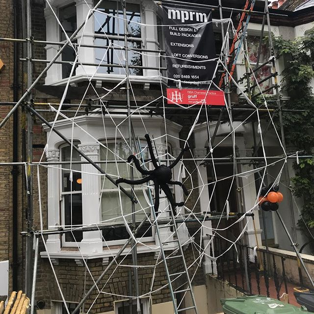Good use of one of our scaffolds for Halloween. #se14 #loft #architecture #halloween #spooky