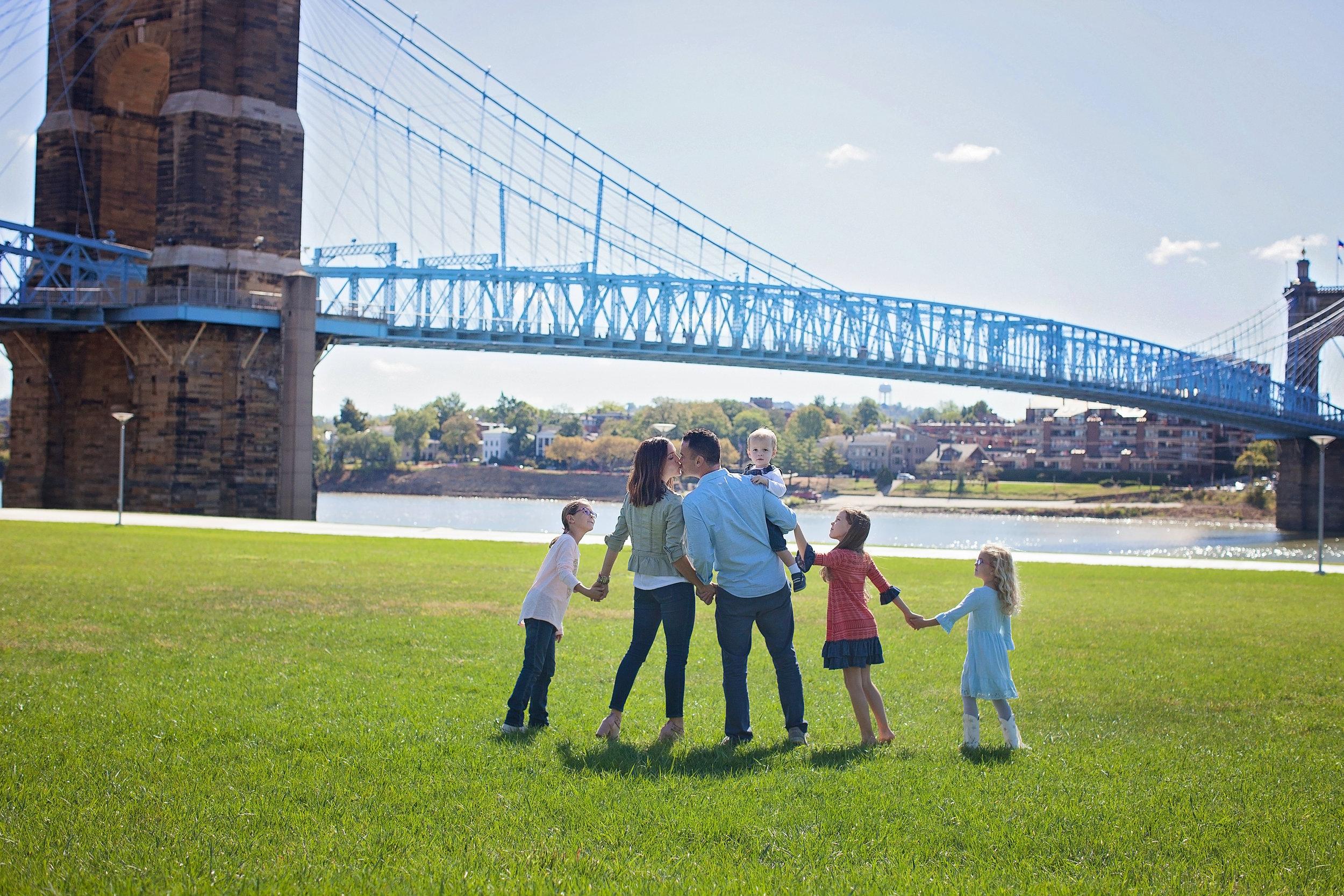 Photography by Lori Hill Photography, Cincinnati, OH