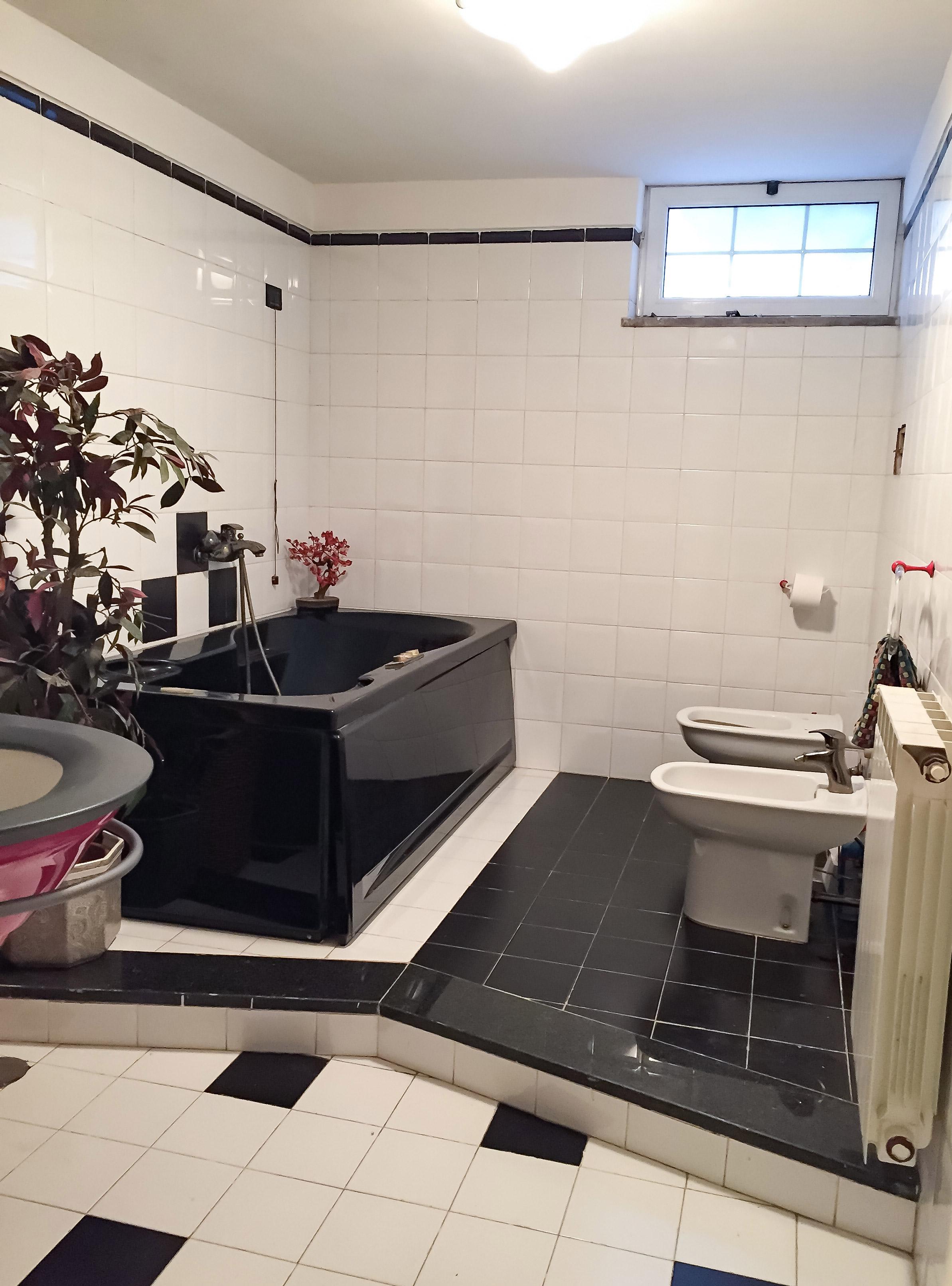italian-bathroom-design-renovation.jpg