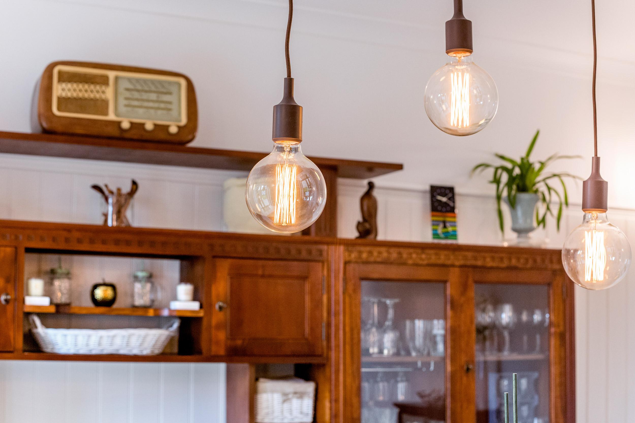 wimbledon-interior-design-light-fixture.jpg