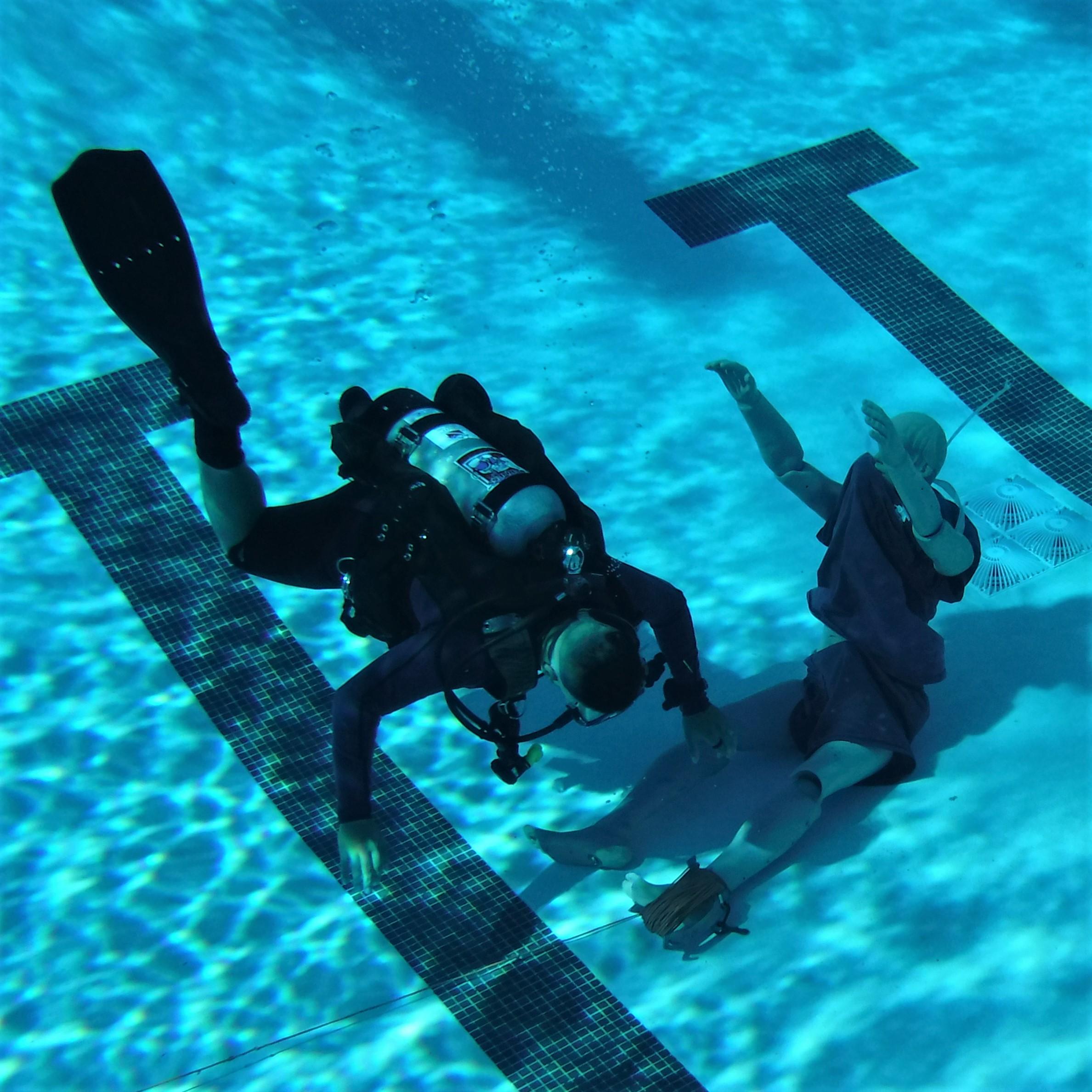 VCSAR Underwater Body Recovery.JPG