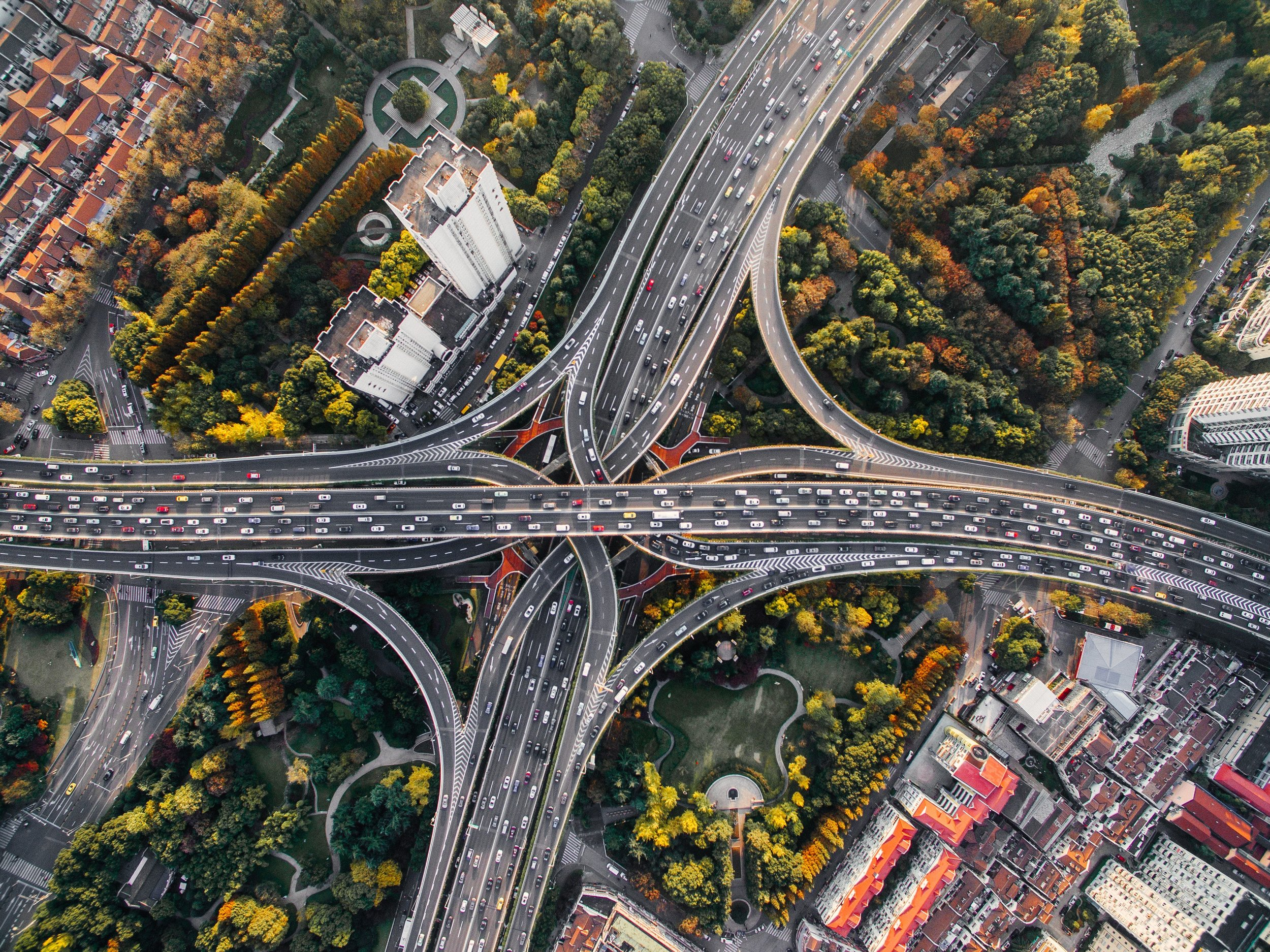 aerial-view-of-interchange-at-rush-hour