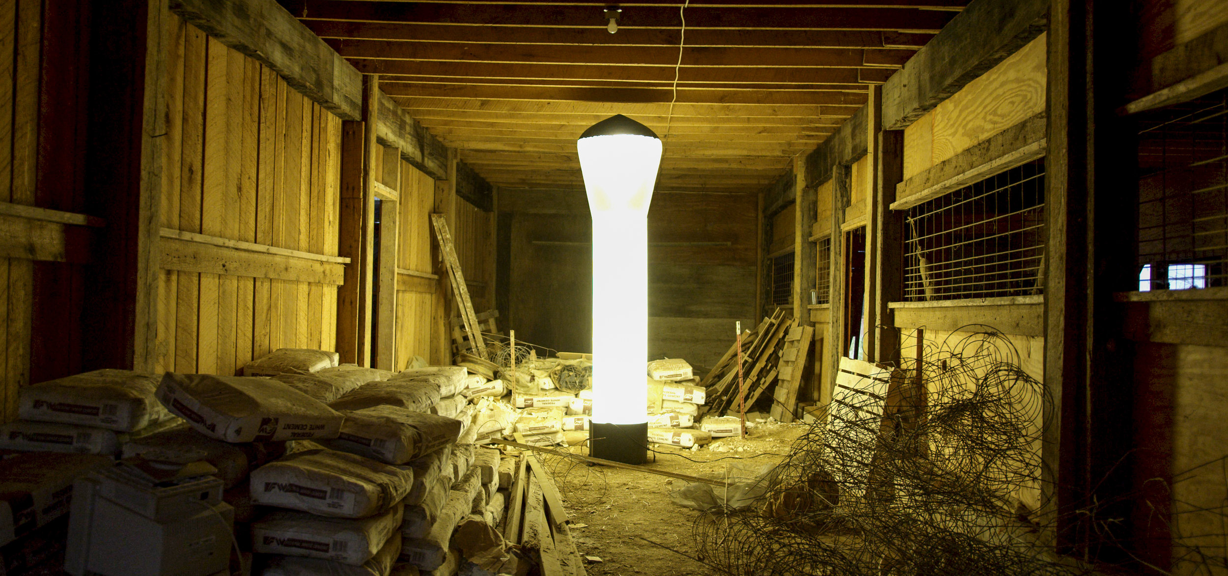 AirLight - The World's Most Portable LED Light Tower10 feet tall, 37,200 lumens