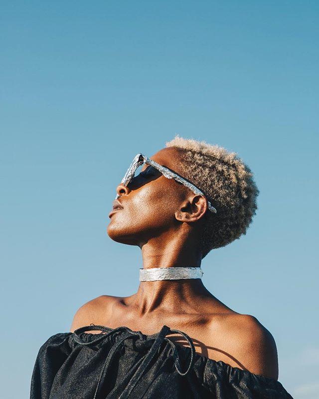 Black magic woman 💫 SS18 for @iamisigo with @tinotendamushore  #blackhair #melanin #nigeria #zimbabwe #fashion #blackwoman #model #photography #portrait #canon #african #sun #showyourfrow