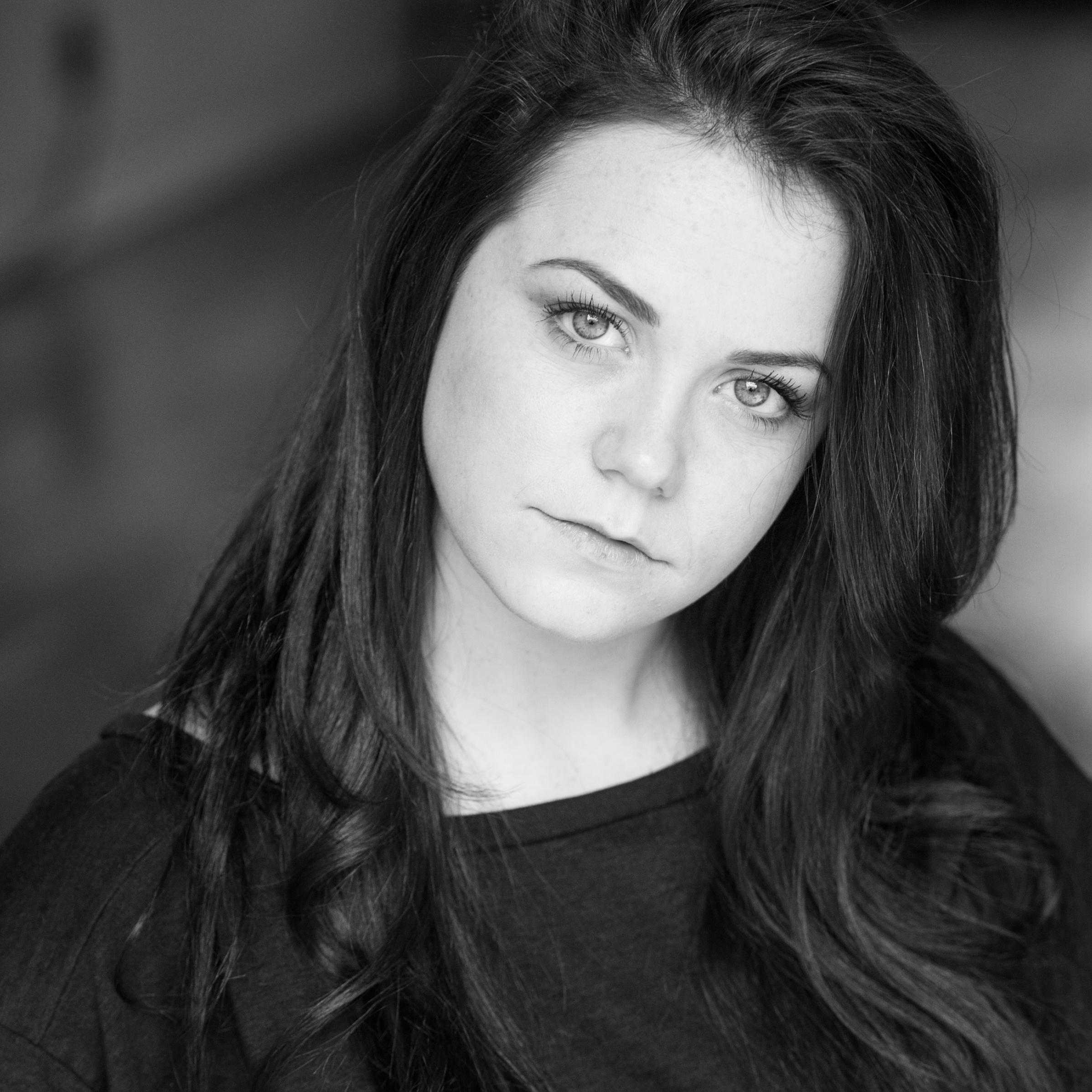 Melissa McGrath / Actor (Amy)