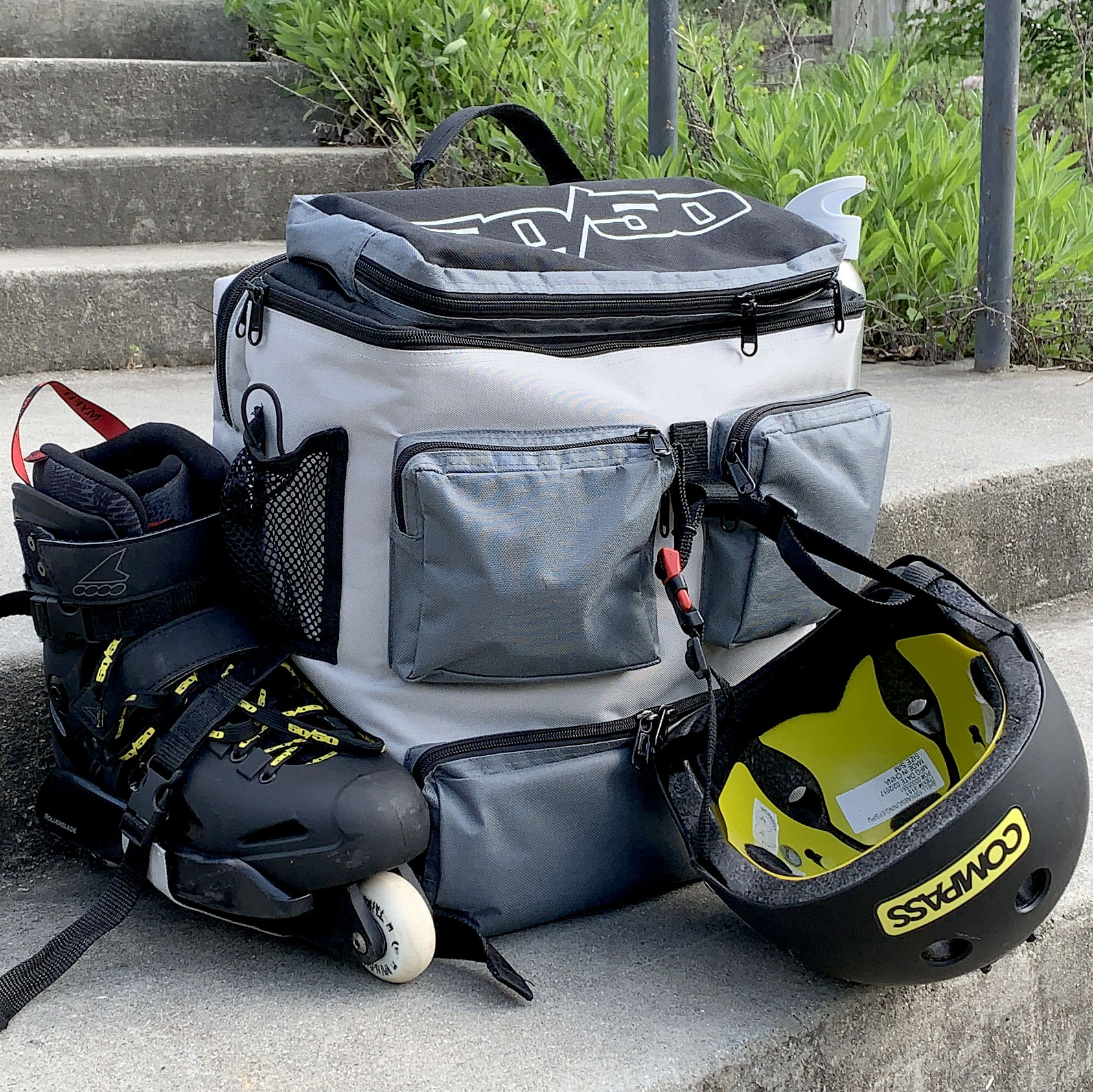 backpack-left-skates.jpg
