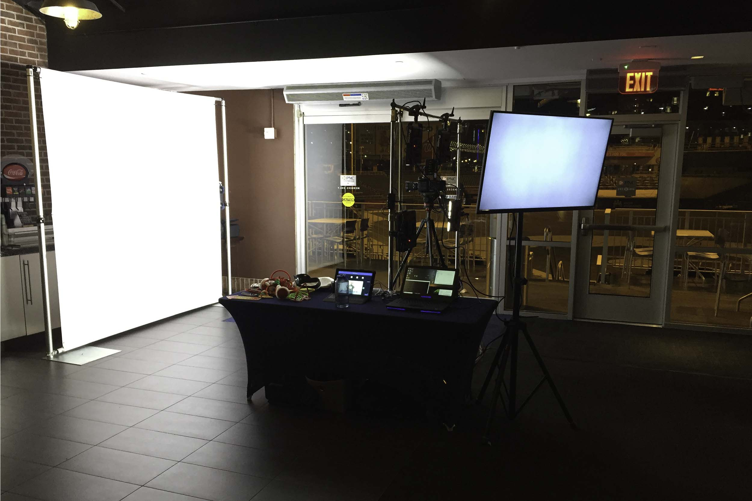 - slow motion video booth
