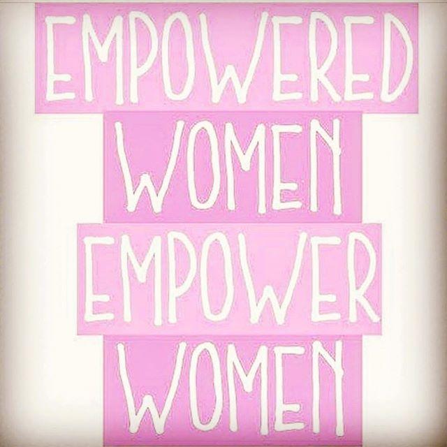 #women #podcast #womeninadaypodcast