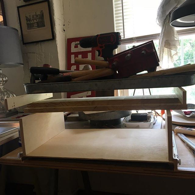 When you don't have clamps, you've got to improvise... #jewelersbench #homestudio