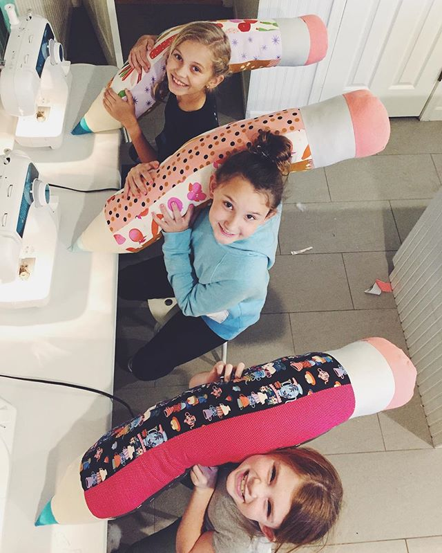 Giant pencil body pillows got finished today! Project inspired by @littlepincushionstudio and pattern adapted from the Etsy shop Berrykidz.