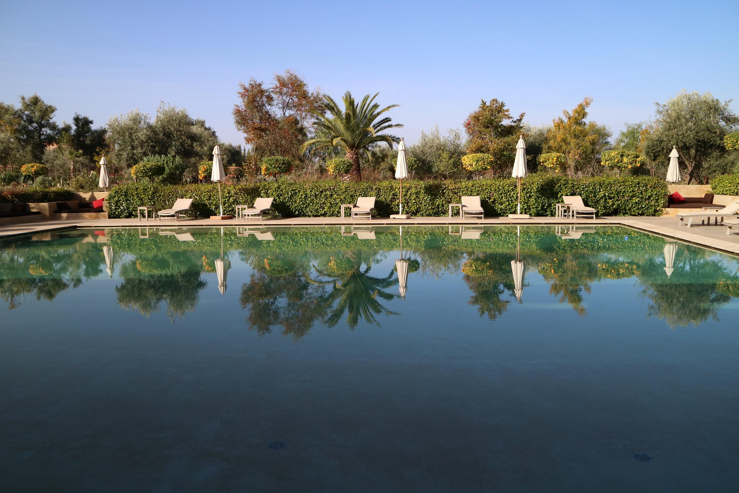 Azaren Swimming Pool