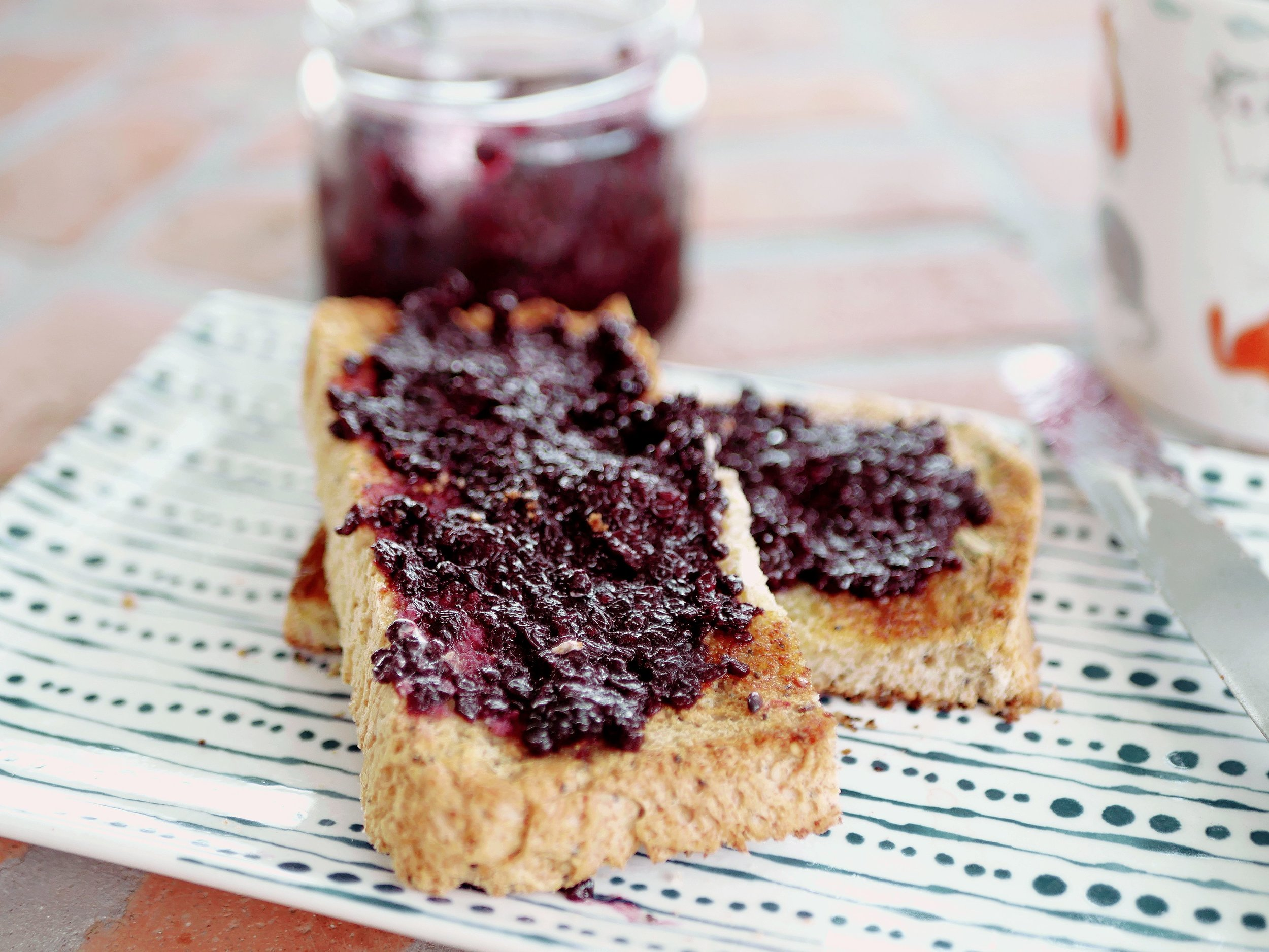 sugar free blackberry jam on toast