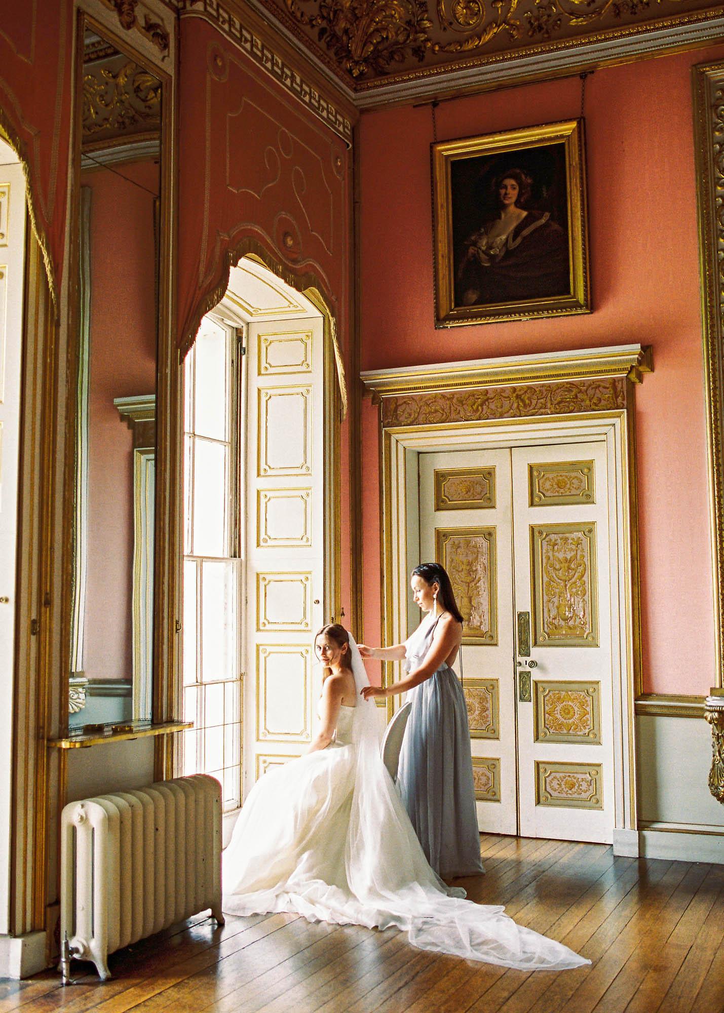 Amy O'Boyle Photography- Destination & UK Fine Art Film Wedding Photographer- Avington Park-33.jpg