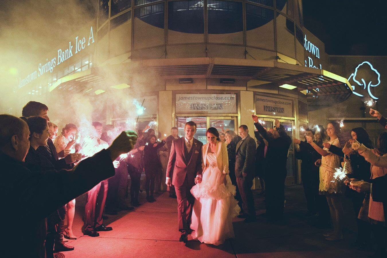 katie_graham_photography_light_in_the_dark_photography_winter_wedding_stress_free_wedding_planning