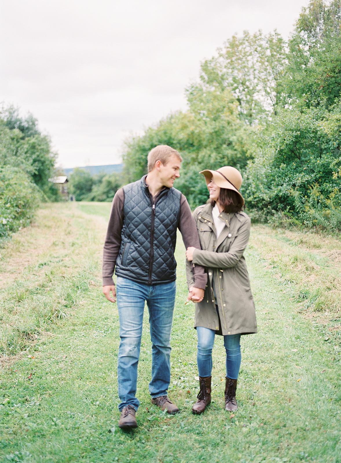 katie_graham_photography_wedding_photographer_anniversary_session_bemus_point_jamestown_lakewood_buffalo_new_york