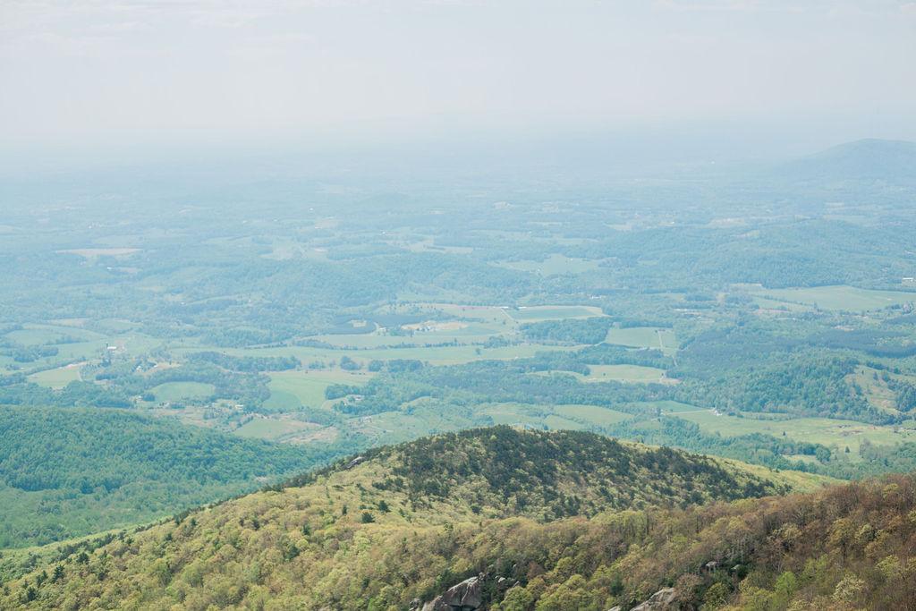 Hiking Sharp Top Mountain at Blue Ridge Parkway, VA - Spring Vaca 2019, Phase 01